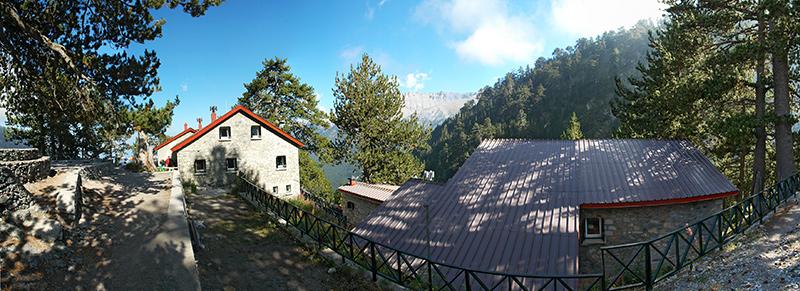 Panorama-dom-mala.jpg